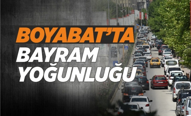 Boyabat'ta Ramazan Bayramı Yoğunluğu Yaşanıyor  03.06.2019 Pazartesi günü Boyabat'ta arefe günü yoğunluğu yaşanıyor.  Dokuz günlük bayram tatilini değerlendirmek isteyen gurbetçi vatandaşların gelmesi ile birlikte Boyabat'ta Arefe günü yoğunluğu yaşanıyor.  Yer yer trafik yoğunluğunun yaşandığı yerlerde Boyabat Emniyeti ekiplerileri trafiğe müdehale ederken ayrıca ekipler alışveriş yapılan yerlerde de denetimlerini sürdürüyor.  -Haber Merkezi