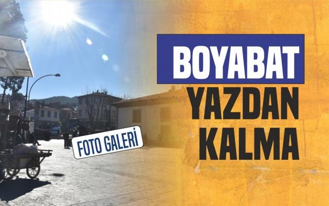 Boyabat'ta Hafta Sonu Hava  Yaz Aylarını Aratmadı.  Havanın Sıcaklığını fırsat bilen vatandaşlar kendilerini dışarıya attı.  İşte Boyabat'tan Manzaralar...