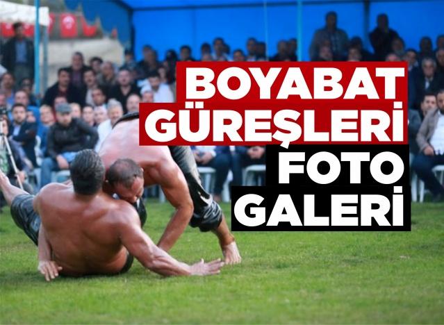 """Boyabat Belediyesi'nin """"Kahraman Mehmetçik İçin Başpehlivanlar Er Meydanında"""" şiarıyla start verilen Yağlı Güreşleri'nde, başpehlivanlığı Ali Gürbüz kazandı."""
