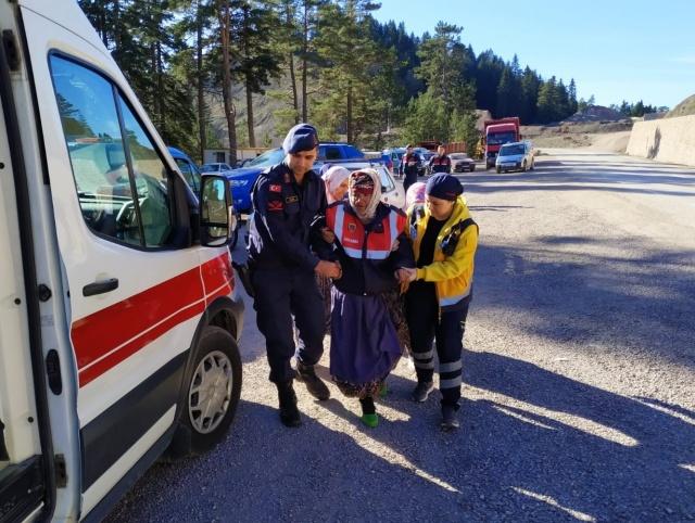 Sinop'un Boyabat ilçesinde 80 yaşındaki kayıp kadın, jandarma ekipleri tarafından bulundu.