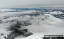 Boyabat'ın yüksek kesimlerinde kar yağışı böyle görüntülendi