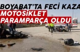 Boyabat'ta motosiklet ile araç çarpıştı...