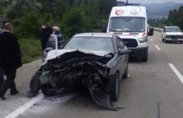 Boyabat'ta trafik kazası 3 yaralı !