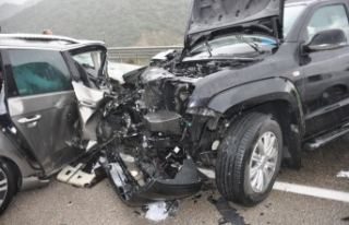 Boyabat Sinop Yolunda Trafik Kazası : 1 Ölü, 5...