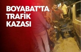 Boyabat Adnan Menderes Bulvarı Üzerinde Trafik Kazası