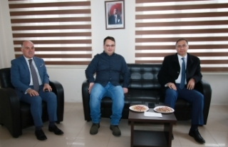 Sinop Valisi Şakalar'dan AA bürosuna ziyaret