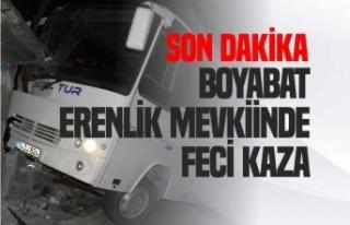 Boyabat'ta Freni Boşalan Minibüs Eve Girdi...