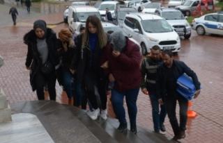 Fuhuş operasyonu 5 Kişi Gözaltına Alındı
