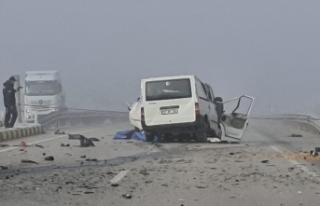 Gizli buzlanma kaza getirdi 3 ölü 2 yaralı