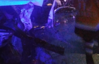 Boyabat Sinop yolunda feci kaza çok sayıda yaralı...