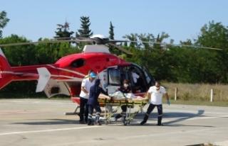 Sıcak kahveyle yanan çocuk ambulans helikopterle...
