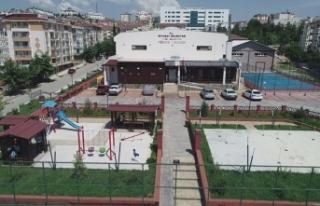 Boyabat Kapalı Yüzme Havuzu Hizmete Kapatıldı