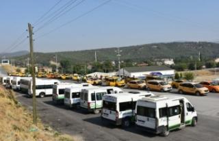 Ticari taksi ve servis minibüsleri dezenfekte edildi