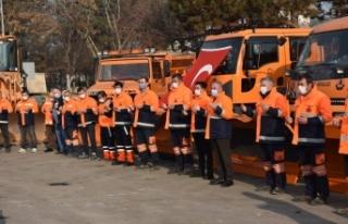 Boyabat Karayolları ekiplerinin kar mesaisi başladı...