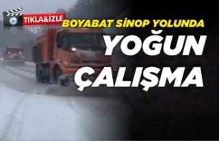 Boyabat Sinop yolunda kar temizliği
