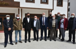 CHP Milletvekilleri Boyabat ilçesinde esnafları...