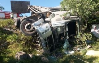 Kargı yolundatrafik kazası : 1 ölü, 1 Yaralı