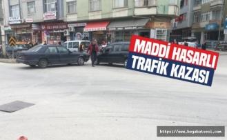Boyabat'ta MaddiHasarlı Trafik Kazası