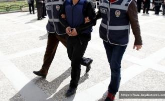9 yıl sahte kimlikle dolaşan zanlı tutuklandı