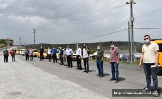 Boyabat'ta ticari taksiler ve durakları dezenfekte edildi