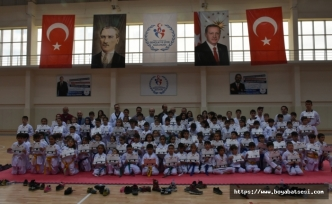 Boyabat'ta Tekwando Kuşak Terfi Sınavı Gerçekleştirildi