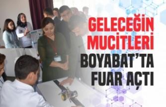 Geleceğin Mucitleri Atatürk Ortaokulu'nda Fuar Açtı