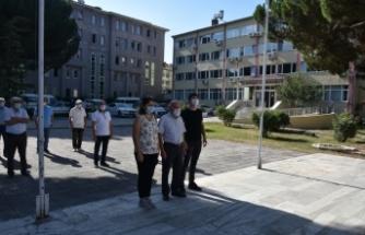 CHP'nin 97. Yılı Boyabat'ta Atatürk Anıtına Çelenk sunumuyla kutlandı