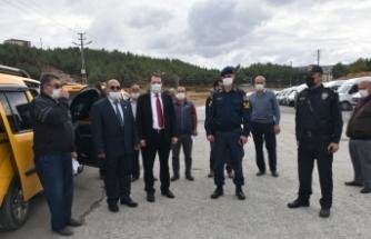 Kaymakam Türker,Boyabat'ta öğrenci servis sürücüleriyle buluştu