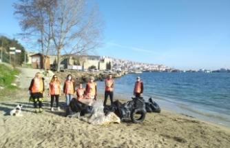 Tema Vakfı Sinop temsilciliği çöp topladı