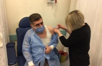 Boyabat Kaymakamı Çetin, Covid-19 aşısının ilk dozunu oldu.