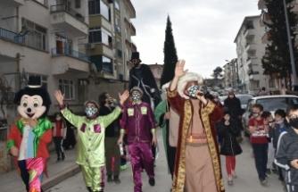 """Boyabat'ta çocuklara özel """"Ramazan Sokak Gösterileri"""" başladı"""