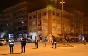 Boyabat'ta Beşiktaş taraftarlarıı şampiyonluğu evde kutladı