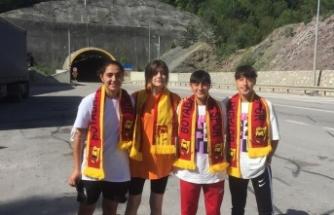 Boyabatlı futbolcu kızlarımıza milli davet