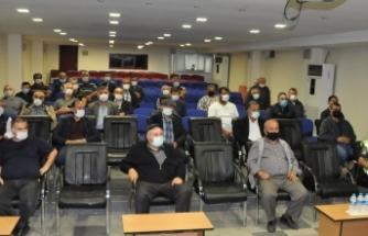 Boyabat'ta taşımalı eğitim sürücülerine seminer verildi