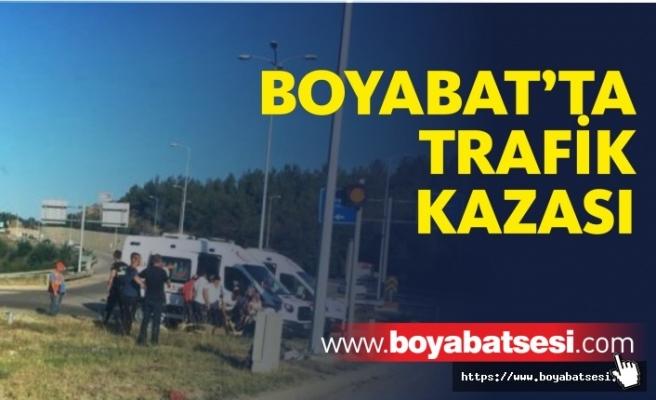 Boyabat Osman Köy Mevkinde Trafik Kazası Meydana Geldi