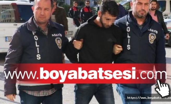 Boyabat'ta Hırsızlık Olayına Karışan Şüpheliler Suçüstü Yakalandılar