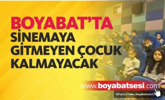 Boyabat'ta ''Sinemaya Gitmeyen Çocuk Kalmasın'' Projesi