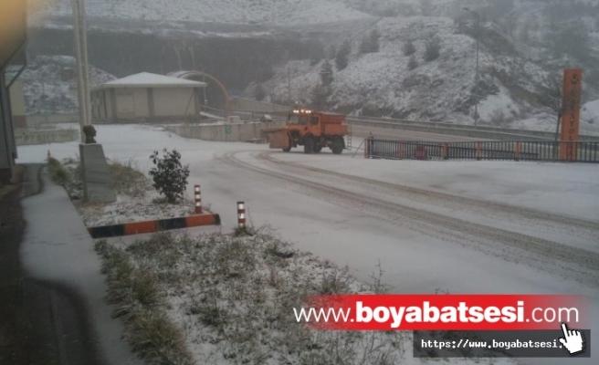 Sinop Yolunda Yoğun Kar
