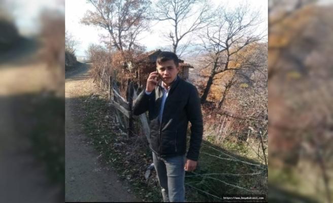 Durağanlı 17 Yaşındaki Genç Hayatını Kaybetti