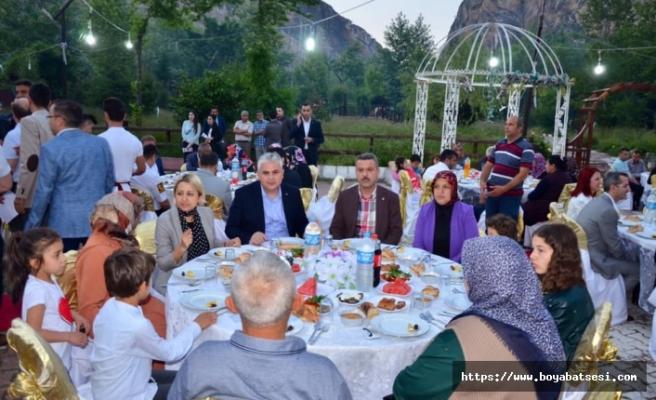 Kaymakam Aksoy'dan Şehit ve Gazi Yakınlarına İftar Yemeği
