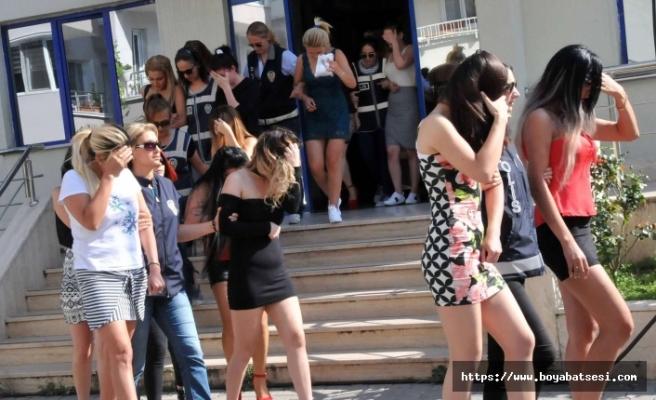 Kastamonu'da fuhuş operasyonu: 27 gözaltı