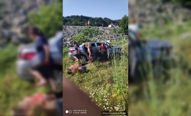 Son Dakika Erfelek Yolu Üzerinde Trafik Kazası