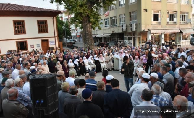 Boyabat'tan 41 Kişilik İlk Hacı Kafilesi Yola Çıktı