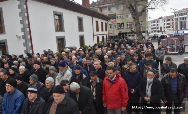 Barış Karadeniz ve Barış Ayhan, Boyabat'ta Cenaze Törenine Katıldılar