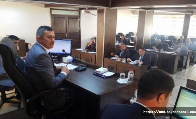 İl genel meslisi Üçüncüoğlu'nu tekrar başkan seçti