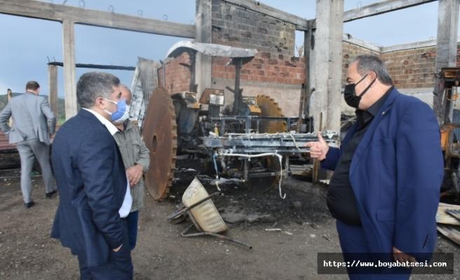 Kaymakam Çetin'den, yangında zarar gören çiftçiyegeçmiş olsun ziyareti