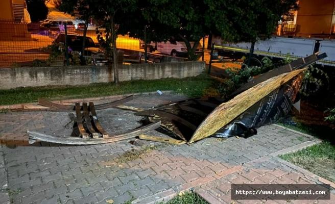 Boyabat'ta bank ve piknik masaları tahrip edildi