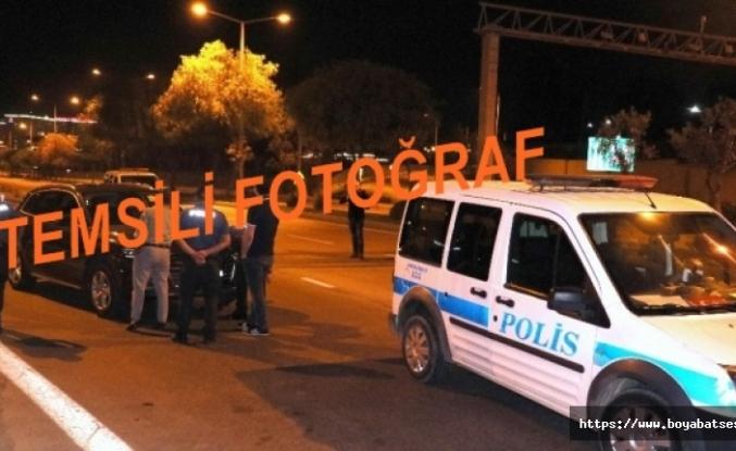 Boyabat'ta Otomobile Arkadan Çarpan Jip Kayıplara Karıştı