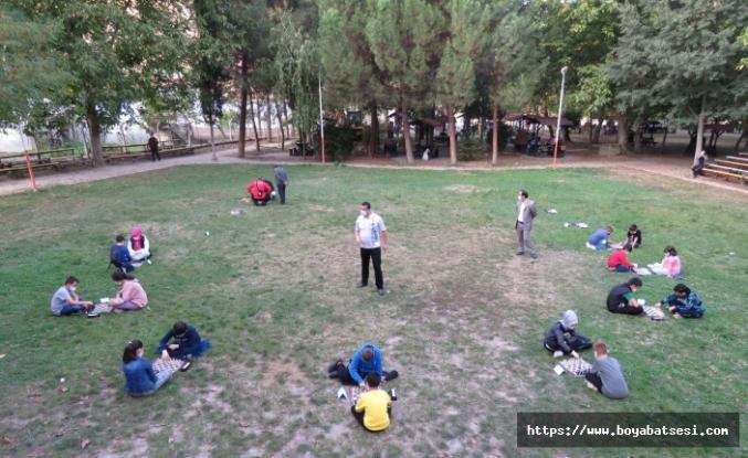Boyabat'ta Santranç Turnuvası Düzenlendi.