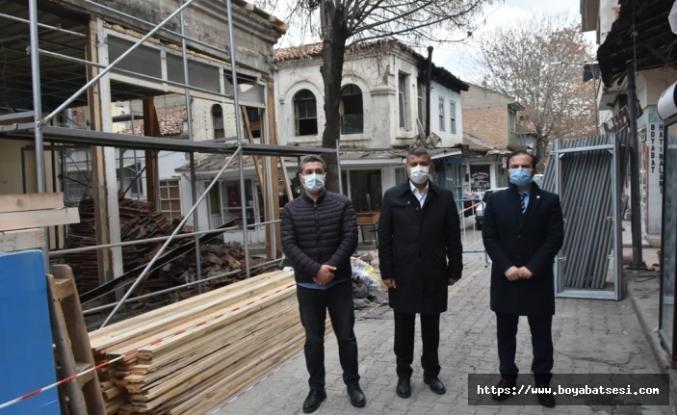 Bir asırlık mazisi olan Tarihi Orta Çarşı restorasyonu başladı